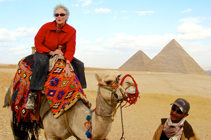 Anne Block leads tour in Egypt