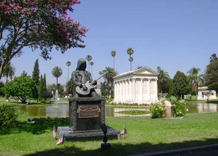 Hollywood Forever Cemetery, Hollywoo California Tours